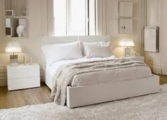 Картинки по запросу спальня с белой мебелью фото