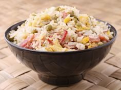 Cette recette super-facile est idéale pour utiliser les restants de riz cuit.