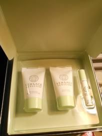 VERSACE MINI GIFT SET (FREE SHIPPING) $15