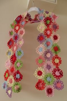 There where is Soleil...: Floral Scarf is Fully Done!