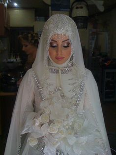 Full Hijab wedding Bridal Hijab in other Muslim countries : Muslim Wedding Gown, Muslimah Wedding, Wedding Hijab, Muslim Dress, Wedding Attire, Wedding Gowns, Bridal Hijab Styles, Hijab Stile, Hijab Trends
