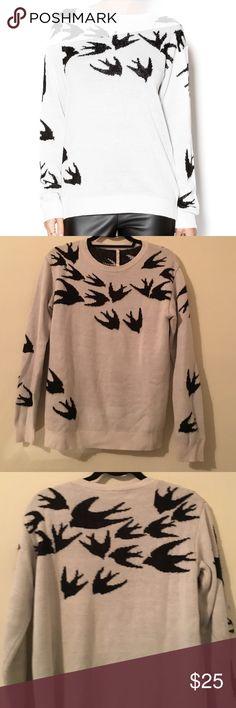 Willow & Clay Flock of Birds Sweater Super cozy and cute sweater. Only worn once. Willow & Clay Sweaters Crew & Scoop Necks
