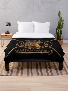 augustinet is an independent artist creating amazing designs for great products such as t-shirts, stickers, posters, and phone cases. Warrior Outfit, Spartan Warrior, Greek House, Throw Blankets, Home Decor Styles, Shops, Community, Bed, Clothes