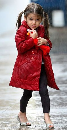 Suri Cruise - I'm not so into high heels for little girls but love the outfit and Elmo!