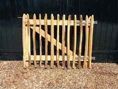 Garden Doors, Hobby Farms, Garden Inspiration, Homesteading, Outdoor Structures, Wood, Fence Ideas, Urban, House