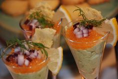 Smaskelismaskens: Cocktail med avokado, löjrom och västerbottensflarn