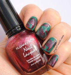 """Loving this paisley main! Done with China Glaze's """"Exotic Encounters,"""" Kleancolor's """"Metallic Red,"""" and Bundle Monster's 315 plate."""