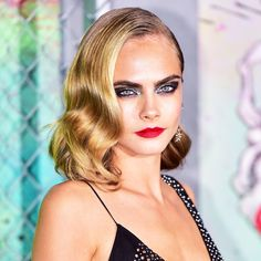 Cara Delevingne's mermaid eye makeup is breathtaking
