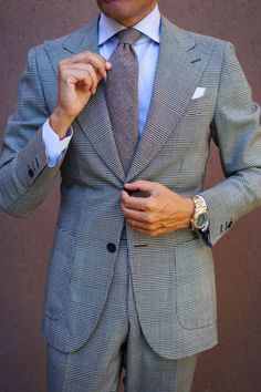 Wool Tie, Knit Tie, Beige Suits For Men, Italian Style Suit, Mens Wedding Ties, Weekend Style, Suit And Tie, Men's Grooming, Suit Fashion