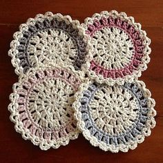 Contemporary Coasters  (Ravelry free pattern)