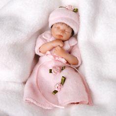 Handful of Innocence Baby Doll - Heavenly Handfuls Ashton Drake Doll