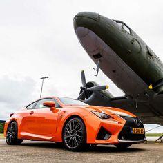 Gaaf oranje Toyota