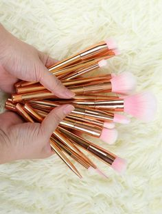 SHARE & Get it FREE | Plating Makeup Brushes Set - Rose GoldFor Fashion Lovers only:80,000+ Items • New Arrivals Daily Join Zaful: Get YOUR $50 NOW!