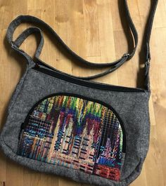 72467e36beb7d Our Facebook group member Lorna shared this divine Prairie Girl bag she  made! Love the feature print she used on the pocket. Grab the pattern in  the shop ...