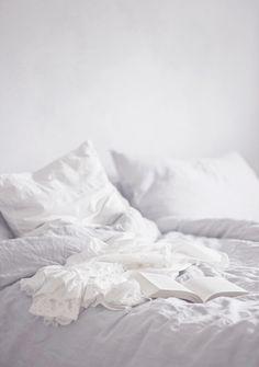 sleep here • via silver blonde