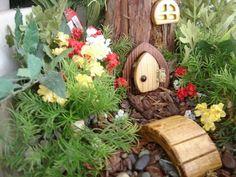 how to make a fairy door DIY garden decorating ideas fairy door accessories