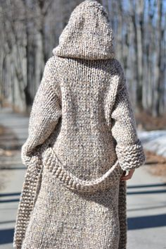 handmade wool cardigan hand knitted cardigan chunky wool jacket long cardigan hooded cardigan wool coat with belt and loops Dukyana - Cardigan stricken Mohair Sweater, Wool Cardigan, Wool Sweaters, Cardigan Long, Hooded Cardigan, Hooded Jacket, Pijamas Women, Chunky Wool, Mode Outfits