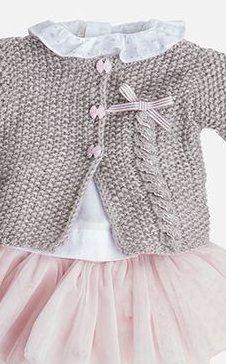 Modèles tricot : catalogues et magazines pour tricot et crochet - Tina Baby Cardigan Knitting Pattern, Knitting Wool, Baby Knitting Patterns, Baby Patterns, Crochet Baby, Knit Crochet, Baby Vest, Baby Sweaters, Filet Crochet