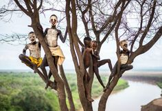 Children With Painted Face, Ethiopia..... National Geographic photo winners.  Excellent!