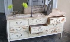 using milk paint to give painted furniture an antique look