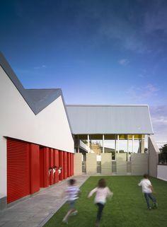 Gallery of Los Sauces Public School / Gabriel Verd Arquitectos - 1