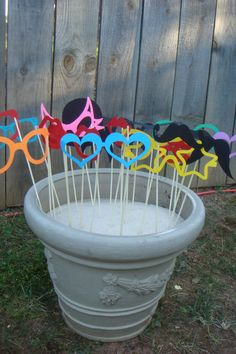 Entertaining made lovely do it yourself photo booth fun weddings photo booth diy an easy way to display photo booth props outside solutioingenieria Image collections