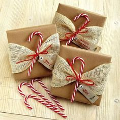 candy-cane-toppers wrapping ideas for christmas diy 25 Festive Christmas Gift Wrapping Ideas Christmas Gift Bags, Christmas Gift Wrapping, Christmas Presents, Holiday Gifts, Christmas Crafts, Christmas Christmas, Christmas Ideas, Holiday Candy, Homemade Christmas