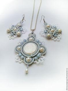 Soutache Pendant, Soutache Jewelry, Beaded Jewelry, Jewelry Necklaces, Pendant Necklace, Pendant Set, Shibori, Beaded Embroidery, Handmade Necklaces