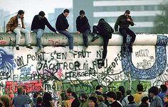 op de dag dat de muur was gevallen en familie elkaar weer zagen
