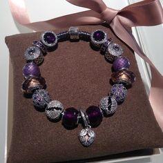 Pandora bracelet                                                                                                                                                     Mais