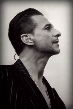 Addict to messed up Dave Dave Gahan, Martin Gore, Depeche Mode Videos, Alan Wilder, Roland Orzabal, Solo Pics, Enjoy The Silence, Band Pictures, Stevie Ray