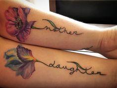 daughter Tattoos Mother Daughter Tattoo Mother daughter tattoo turned out amazing! Tattoos Bein, Paar Tattoos, Sister Tattoos, Body Art Tattoos, Small Tattoos, Tattoo Drawings, Tatoos, Mommy Daughter Tattoos, Tattoos For Daughters