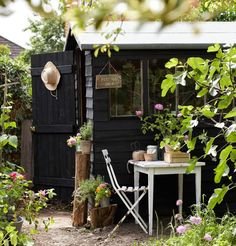selina lake black painted potting shed garden shed shabby chic - Garden Shed Black Shed, Painted Shed, Painted Garden Sheds, Black Garden, Shed Design, Garden Design, Garden Buildings, Garden Cottage, Garden Living