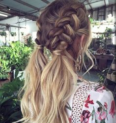 47 Easy Hairstyles for Schools to Try in Peinados, It super easy and looks great! easy hairstyles for school. Pretty Hairstyles, Beach Hairstyles Medium, Amazing Hairstyles, Cool Hairstyles For School, Hairstyles 2018, Ponytail Hairstyles, Hairstyle Ideas, Hairstyles For Pictures, Hairstyles For Concerts