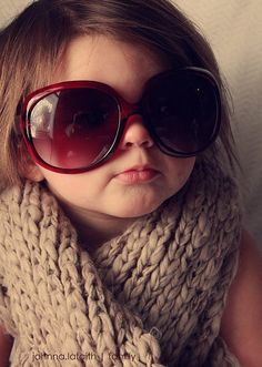 Big sunglasses <3 on a cutie patootie!