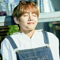 Kumpulan foto-foto Taehyung part 2 # Random # amreading # books # wattpad Jimin, Daegu South Korea, Emotion, Kim Taehyung, Bts Pictures, Korean Boy Bands, Korean Singer, Photoshoot, Wattpad