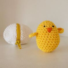Eggs & baby chicks Amigurumi Toys Crochet PATTERN Playful baby toys amigurumi, nursery present, baby shower favor ....  Easter decor your home, presents your guests and warm your heart by crocheting these lovely littles!!!  Skill Level > Easy / Beginner PDF Include : - Text instructions in American English Crochet Standard Terms - 28 pages full on photos : 1-how to crochet chicks 2-learn about embroidery stitch 3- make eggs 4- how to attach zipper Stitches used in this tutorial: - Slip ring…