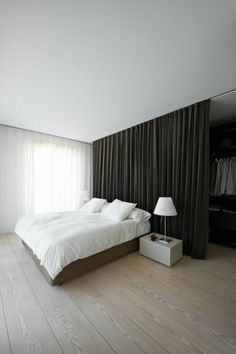 31 Cozy Contemporary Classic Decorating Ideas for Your Bedroom Bedroom Closet Design, Bedroom Storage, Dream Bedroom, Master Bedroom, Bedroom Decor, Fake Walls, Closet Curtains, Appartement Design, Contemporary Classic