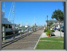 Beaufort is a beautiful coastal town in North Carolina.  It is my choice for a winter getaway.
