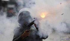 إصابات بالاختناق اثر استهداف الاحتلال لمنازل المواطنين بقنابل الغاز المسيل للدموع: إصابات بالاختناق اثر استهداف الاحتلال لمنازل المواطنين…