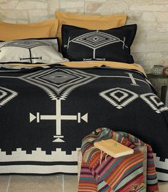 b+w pendelton blanket. bedding inspiration