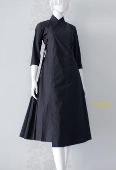 드디어 오늘이 되었군요. 자! 그럼 지금부터 이 세상에 태어난 'ㅇㅇㅇㅇ'에 대한 이야기를 시작해 보도록 ... Korea Fashion, Japan Fashion, Hijab Fashion, Fashion Dresses, Korean Traditional Dress, Traditional Dresses, Modest Dresses, Simple Dresses, Hijab Stile