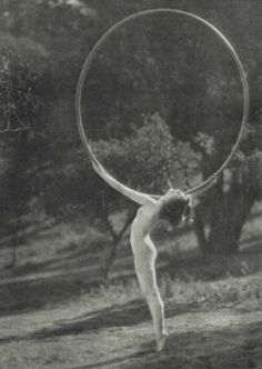 "1925 Collinge, J.W  ""The fairy ring"" Ruth st Denis"