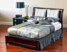 Solitaire Queen Complete Comforter Package (via @CORT Furniture)