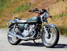 1975 Suzuki GT550 Indy - Classic Japanese Motorcycles - Motorcycle Classics