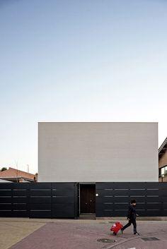 Casa UVB / Héctor Torres & Andrea Torregrosa