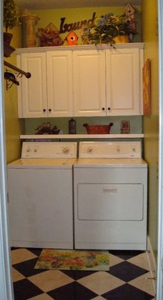Small Laundry room revamp