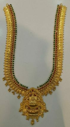 Gold Haram Designs, Gold Mangalsutra Designs, Gold Earrings Designs, Necklace Designs, Gold Temple Jewellery, Gold Jewellery Design, Gold Jewelry Simple, Blouse, Blouses