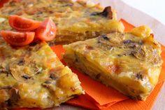 La frittata al forno con patate, funghi e mozzarella è un piatto molto gustoso e facile da preparare, ideale per una cena in famiglia. Ecco la ricetta