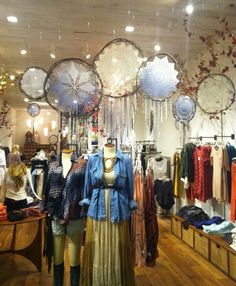 THE DAYLIGHT: Free People Display Love // Dream Catchers